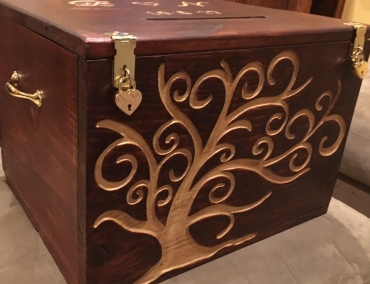 Wedding card box engraved with family tree