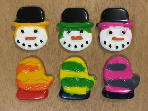 Snowmen and Mitten Winter Christmas Crayons