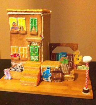 "Sesame Street Christmas ""Sugar Cookie House"""