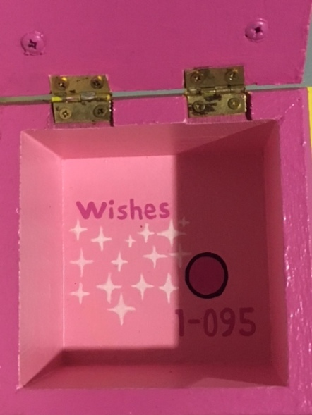 Shopkins Wishes Wooden Box - Inside